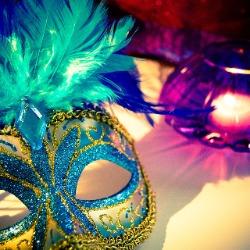5e27807caf0d4_venetian-mask-13422421920.jpg